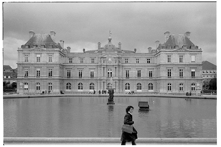 Palais du Luxembourg, Hexar RF, 28 Hex, Delta 400