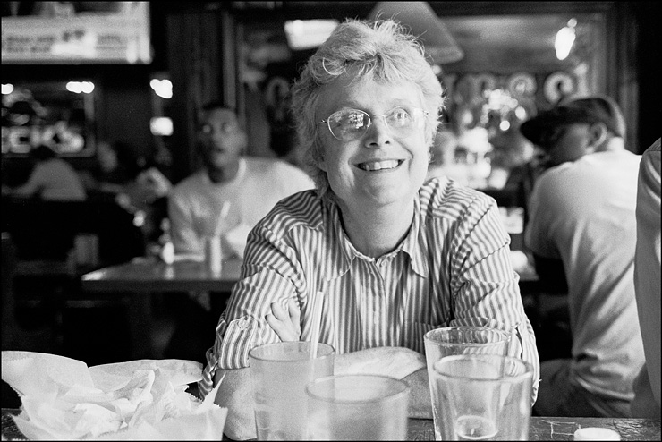 mom/bar, Hexar RF, ZM Biogon 35, TriX, Tmax Dev